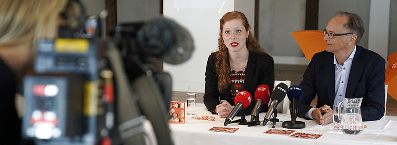 Kristendemokraternes midlertidige formand Isabella Arendt og den sygemeldte Stig Grenov.<br />Foto: Martin Sylvest, Ritzau Scanpix
