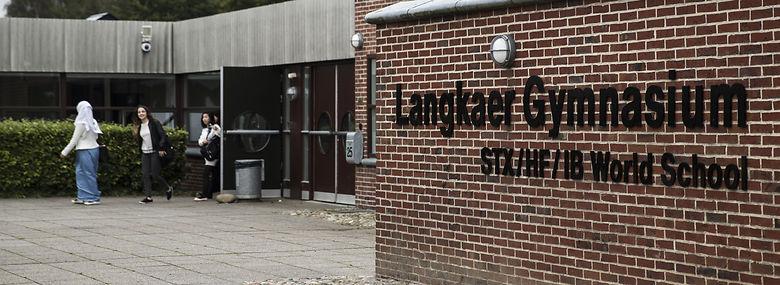 Langkaer Gymnasium ved Aarhus satte gang i debatten om den etniske fordeling på danske gymnasier - nye tal viser, at udviklingen peger i retning af en endnu skævere fordeling.<br />Foto: Mikkel Berg Pedersen, Ritzau Scanpix