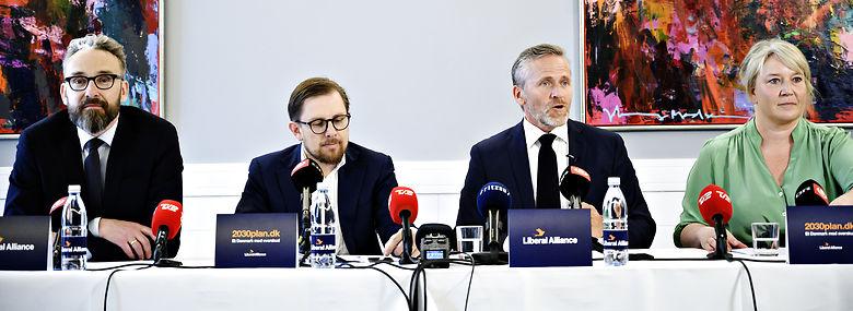 Sammen har disse fire tegnet toppen af poppen i Liberal Alliance. Nu står i hvert fald to til at ryge ud af Folketinget.<br />Foto: Philip Davali / Ritzau Scanpix