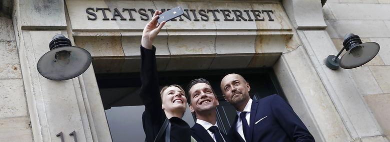 Nye ministre Lea Wermelin, Kaare Dybvad og Magnus Heunicke ankommer til statsministeriet. <br />Foto: Nikolai Linares, Ritzau Scanpix