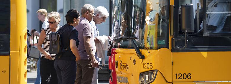 Busserne er ofte forsinkede i hovedstaden, og det koster samfundet kassen, viser ny rapport.<br />Foto: Christian Lindgren, Ritzau Scanpix