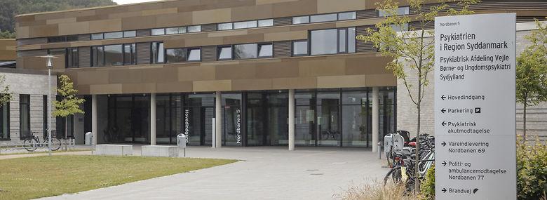 Her på det psykiatriske hospital i Vejle kommer udrykningstjenesten til at have hjemmedøgnet rundt. Om eftermiddagen og aftenen er der også tjenester i Aabenraa, Esbjerg og Odense.<br />Foto: Mogens Juhl, Ritzau Scanpix