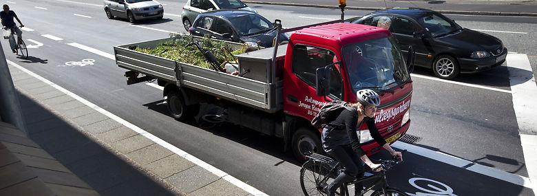 Trafikken på ringgaden i Aarhus ventes at sande til i morgentimerne i løbet af de kommende år, hvor færdslen øges med 25 pct.<br />Foto: Jan Dagø, Ritzau Scanpix