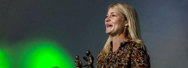 Christina Krzyrosiak Hansen fik Folkemødets Dialogpris i år