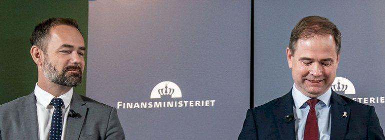 KL-formand Jacob Bundsgaard (S) og finansminister Nicolai Wammen (S).<br />Foto: Niels Christian Vilmann, Ritzau Scanpix