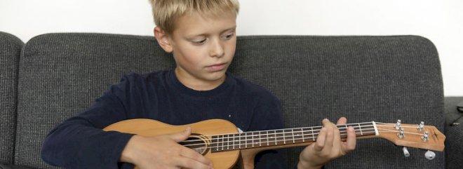 Trompet, guitar og trommer skal give skolebørn dannelse
