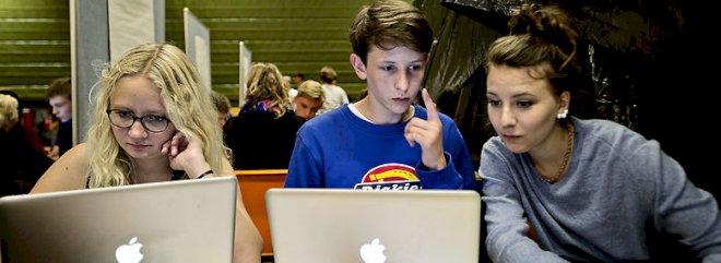 Skoler sætter digital dannelse på skoleskemaet efter flere sager