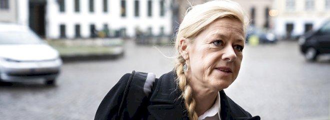Anklager kræver mindst otte års fængsel til Britta Nielsen