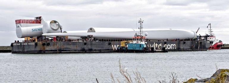 Siemens havvindmølle i Thyborøn Havn. <br />Foto: Jens Nørgaard Larsen, Ritzau Scanpix