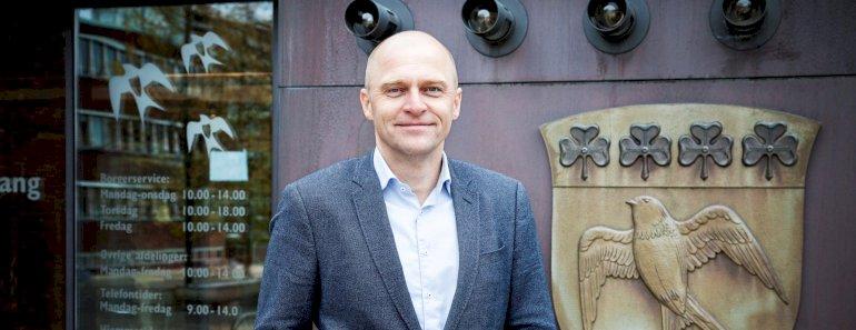 Byrådsmedlem Martin Skou Henriksen afløser i Gladsaxe Pia Skou som spidskandidat for V. Skou er blevet radikal siden KV17.