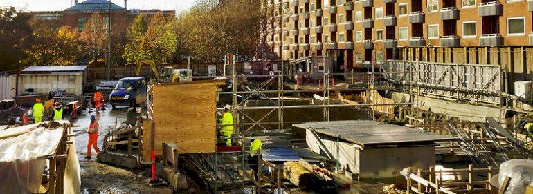 På flere byggepladser er medarbejdere utrygge i forhold til faren for coronasmitte.