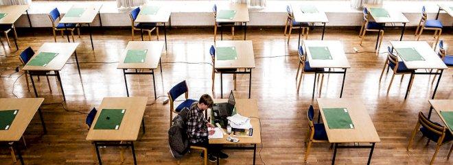 Undervisningsministeren kan aflyse eksamener på grund af coronakrisen