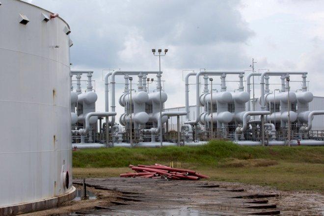 Trump vil fylde 75 mio. tønder olie i reservelagrene