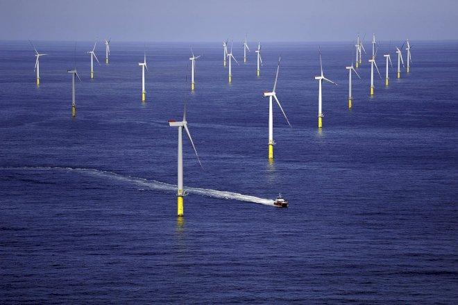 Tre personer er kommet til skade efter vindmølle-sammenstød i Tyskland