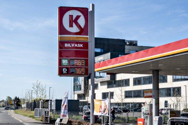 Kollaps i olieprisen giver laveste inflation i fire år