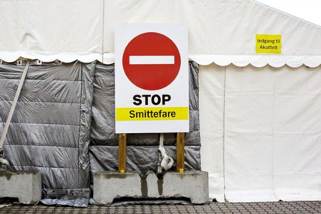 128.000 coronatest i hvide telte har kun fundet 458 smittede