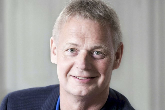 Intern Venstre-strid får udvalgsformand til at stoppe