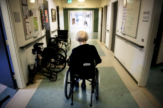Aftale på plads om løbende coronatest for ansatte i plejesektoren