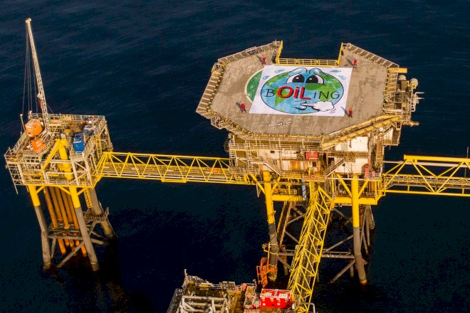 Greenpeace-aktivister har forladt olieplatform