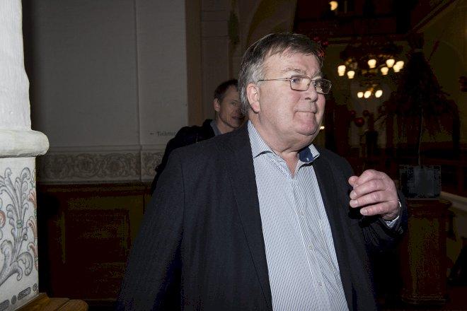 Claus Hjort trækker sig fra efterretningsudvalg