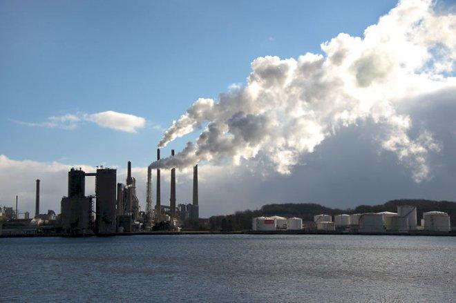 Danmarks største CO<sub>2</sub>-udleder skal reducere med 660.000 ton