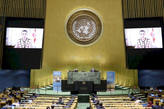 Mette F. til FN: Globale udfordringer kan kun løses sammen