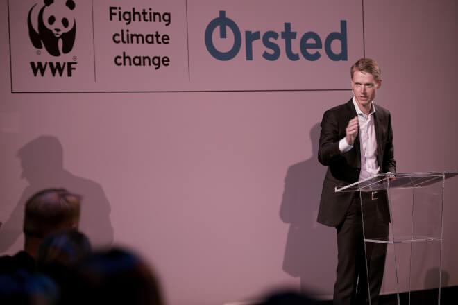 Mærsk-familiens holdingselskab kaprer Ørsted-topchef Henrik Poulsen