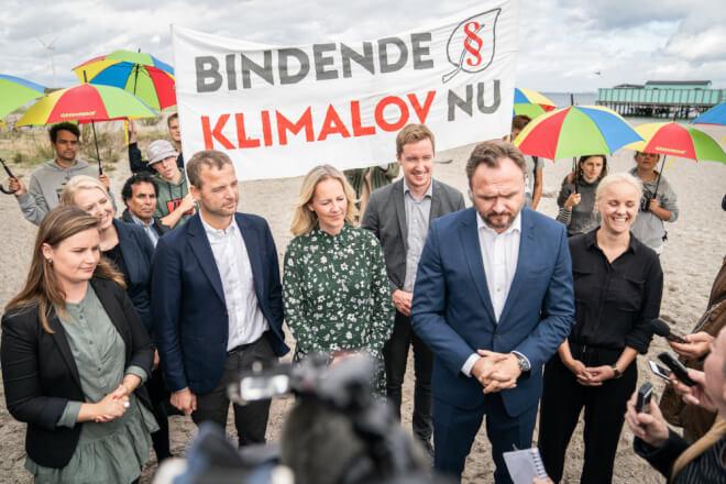 EU-lande enes om juridisk bindende klimalov uden landekrav