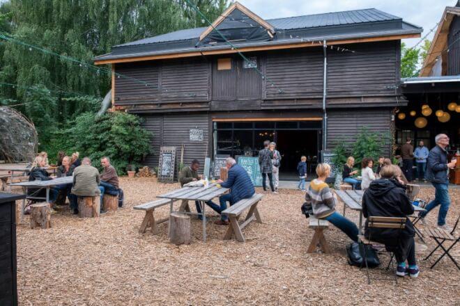 Gamle DSB-værksteder som inspiration til renovering af træbyggeri
