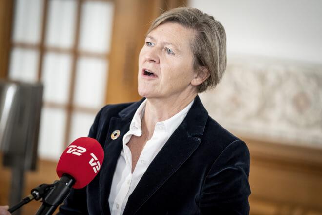 Josephine Fock trækker sig som Alternativet-leder
