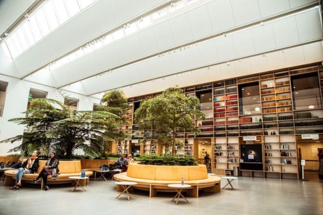 Kongeligt Aarhus-bibliotek vinder renoveringspris og er nu åbnet for alle