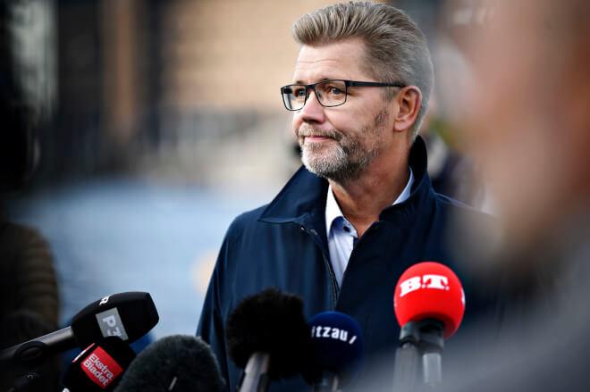 Advokat skal til bunds i grænseoverskridende adfærd fra Frank Jensens side