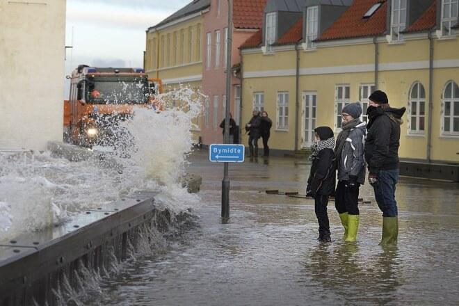 Indsnævring af Thyborøn Kanal et skridt tættere på