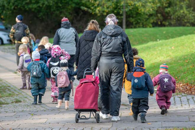 Politikere: Pædagogisk personale bør frem i vaccinekø