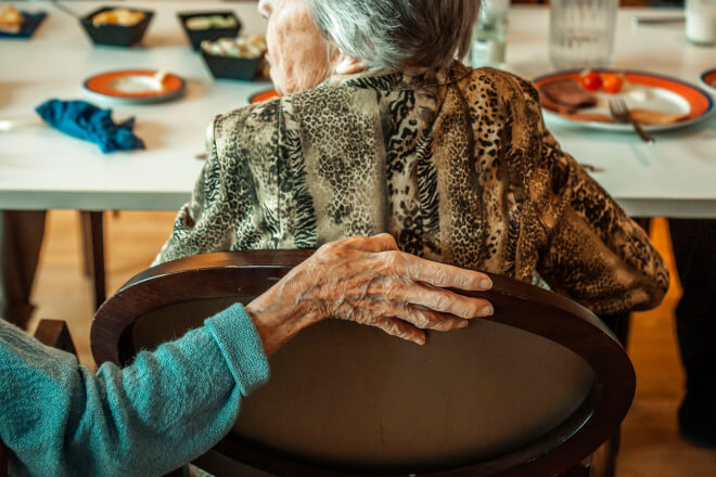 Hvordan redder man et plejehjems-projekt kørt af sporet?