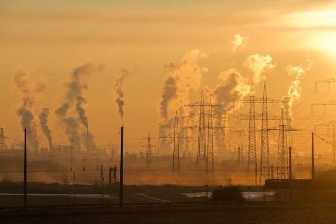 Pensionsselskaber investerer milliarder i selskaber uden klimamål