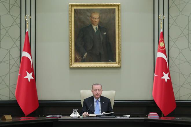 Erdogan rækker hånden ud til EU efter strid om havbund