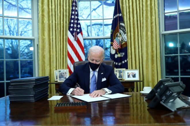 Officielt: Joe Biden melder USA ind i Parisaftalen og dropper tilladelse til Keystone XL