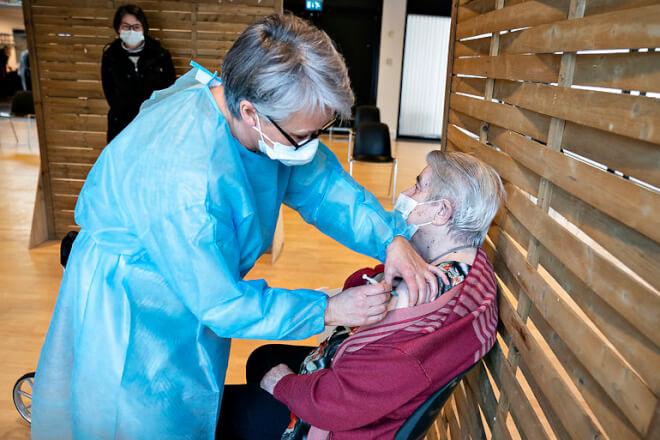 Bekymrede ældre er bange for at misse vaccine