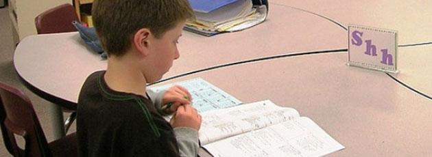To ud af tre kommuner sparer på skolerne